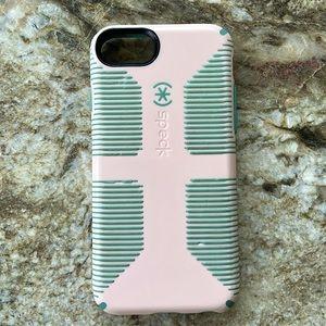 iPhone 7 Speck case